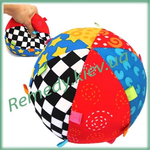 Мячик красочный с колокольчиком 15 см